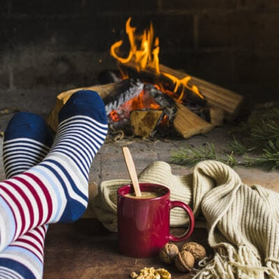 7 Ways To Make Your Home Winter Cozy This Year FEATURED