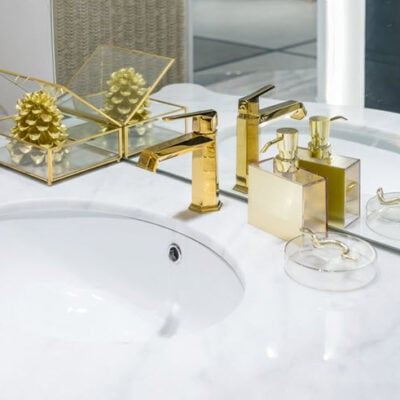 8 Classy Bathroom Ideas You Need To Think About FEATURED