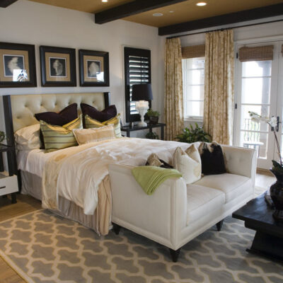 8 Easy Ways To Create A Comfortable And Cozy Bedroom FEATURED