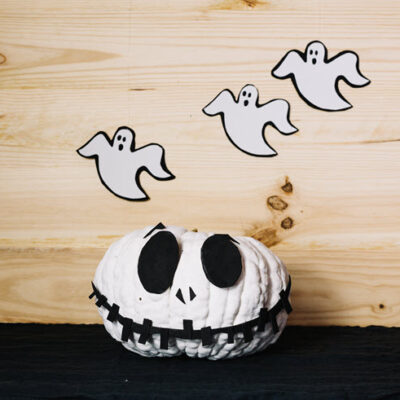 Halloween DIY Ideas For The Spookiest Home In Your Neighborhood featured