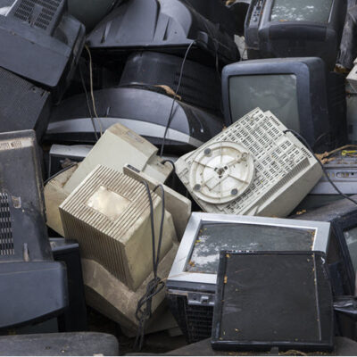 The Best Ways To Get Rid Of Your Old Electronics FEATURED