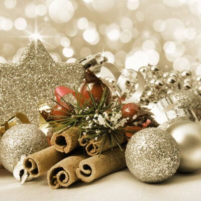 Tips For Making Beautiful Christmas Ornaments featured